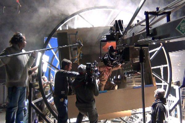 Reyes Abades supervisando el rodaje con Efectos Especiales en Arconte Estudio.